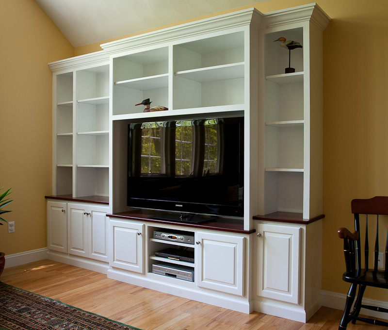 Custom Built In TV Cabinets And Bookshelves